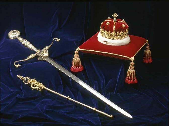 scottish crown jewels.jpg